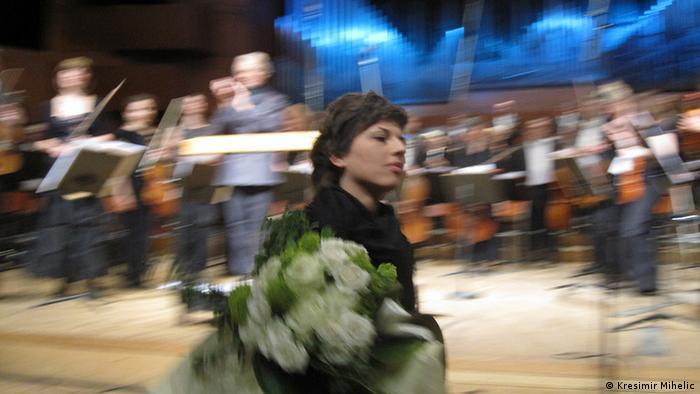 Milica Djordjević nach der Uraufführung ihrer Komposition Put belieh kostiju für Orchester bei den ISCM World New Music Days 2011 in Zagreb. Copyright Kresimir Mihelic