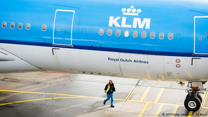 KLM Flugzeug (AFP/Getty Images/R. de Waal)