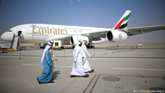 Emirates Airline Flugzeug (C. Furlong/Getty Images)