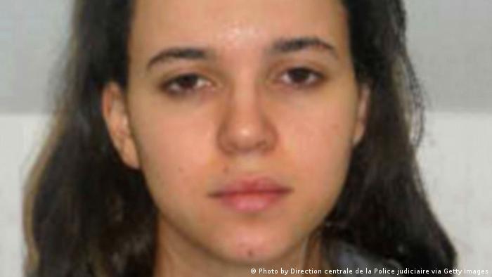 پلیس فرانسه حیات بومدین را مسلح و خطرناک توصیف کرده است