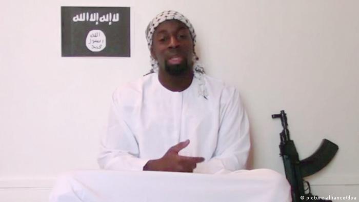 """""""Não se pode atacar sem esperar represálias"""" – Autor de ataque em Paris diz em vídeo"""