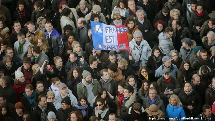 Trauermarsch in Paris (Foto: dpa)
