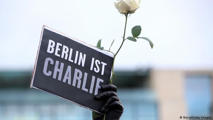 Gedenkveranstaltung zu Anschlägen in Paris in Berlin 11.1.2015
