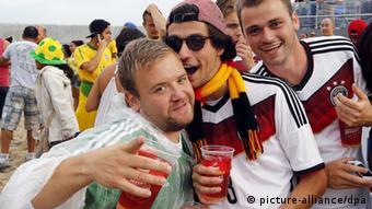 Μεγάλες αθλητικές διοργανώσεις όπως το EURO 2016 πυροδοτούν την κατανάλωση μπύρας στη Γερμανία