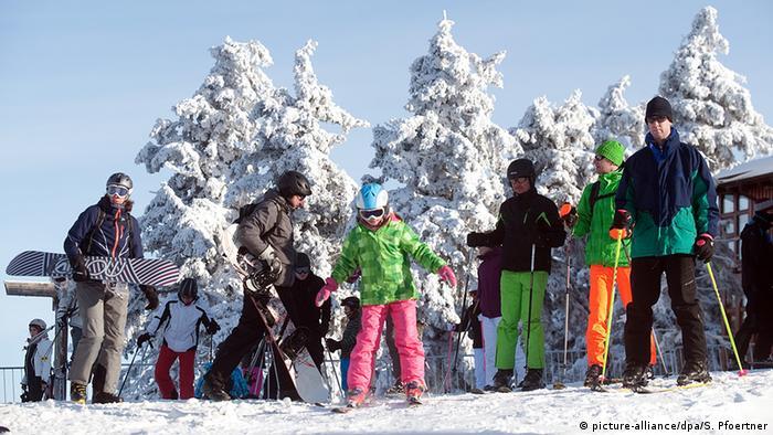 Deutschland Wintersport Wintersportgebiet Winterwetter im Harz