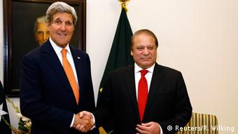US Secretary of State John Kerry (L) is greeted by Pakistan's Prime Minister Nawaz Sharif shortly after arriving in Islamabad, Pakistan January 12, 2015 (Photo: REUTERS/Rick Wilking)