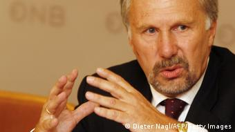 Προειδοποιεί για τις επιπτώσεις ενός Grexit o διοικητής της Αυστριακής Κεντρικής Τράπεζας Εβ. Νοβότνι