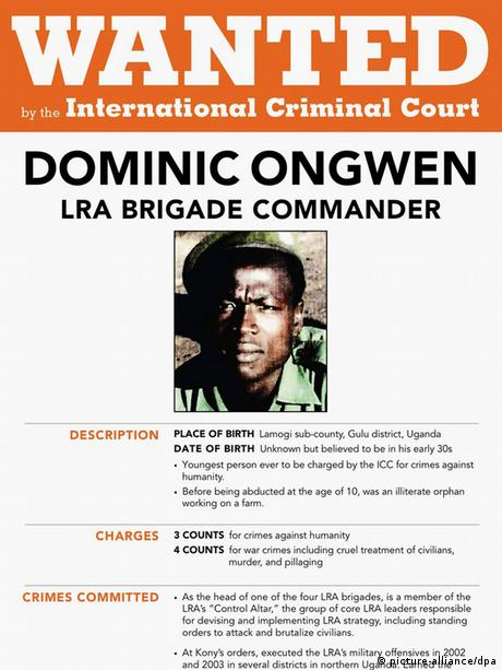 Internationaler Strafgerichtshof Fahndungsplakat Dominic Ongwen (picture-alliance/dpa)