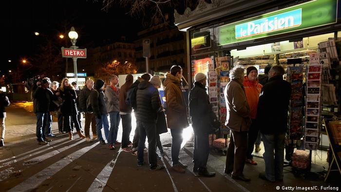 Charlie Hebdo Verkauf in Paris 14.01.2015 (Christopher Furlong/Getty Images)