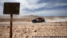 epa04558972 Qatar's Nasser Al-Attiyah of Mini team in action during the 9th stage of rally Dakar 2015 running between Iquique and Calama, Chile, 13 January 2015. EPA/MARIO RUIZ