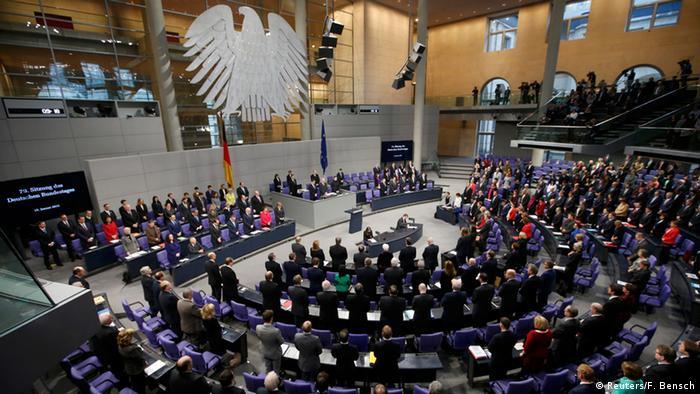 Bundestag Schweigeminute für Opfer von Anschlag in Paris 15.01.2015
