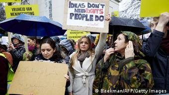 Demo gegen die Auspeitschung des Bloggers Raif Badawi in Den Haag (Foto: Getty Images)
