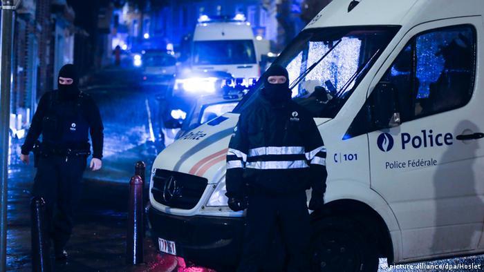 Anti-Terror-Einsatz in Belgien (Photo: EPA/OLIVIER HOSLET)