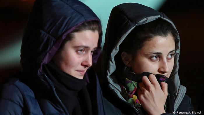 Italien Zwei in Syrien freigelassene Geiseln wieder in Rom