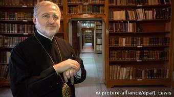 Μητροπολίτης Λαμπρινιάδης: γιατί δεν επαναλειτουργεί η Θεολογική Σχολή της Χάλκης;