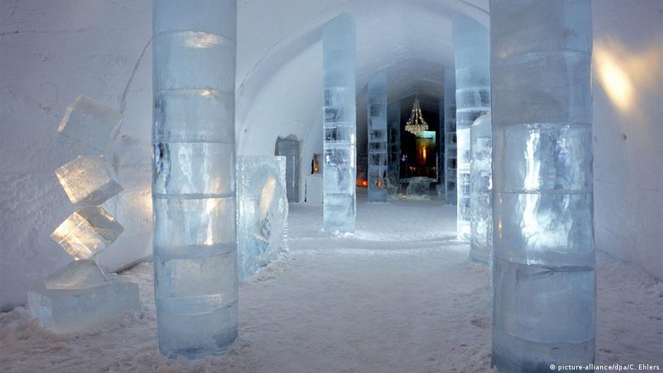 فندق من الجليد في السويد يذوب صيفاً ويعاد بناؤه شتاء   DW   17.01.2015