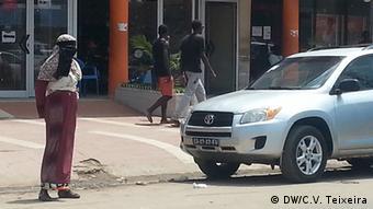 Angola Luanda Muslimin (DW/C.V. Teixeira)