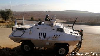 UNIFIL soldiers and their armoured vehicle, 19.01.2015 (Reuters/A. Taher)