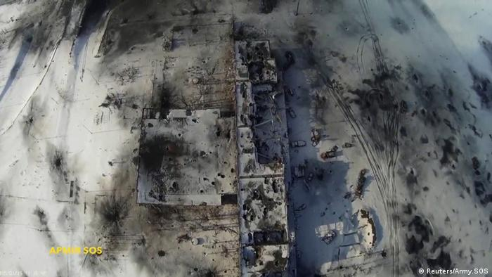 Luftaufnahmen vom Flughafen Donezk am 15.01.2015 (Foto: REUTERS/Army.SOS/Handout via Reuters )