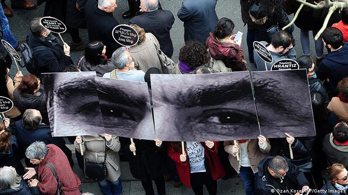 Istanbul Trauermarsch für den ermordeten Journalisten Hrant Dink (Ozan Kose/AFP/Getty Images)