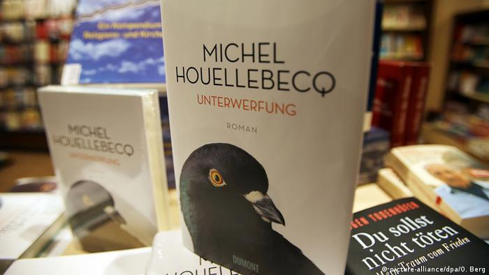 The cover of the German version of Michel Houellebecq's novel Submission