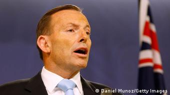 Australian Prime Minister Tony Abbott gives a press conference at The Commonwealth Parliamentary Offices on December 16, 2014 in Sydney, Australia (Photo by Daniel Munoz/Getty Images)
