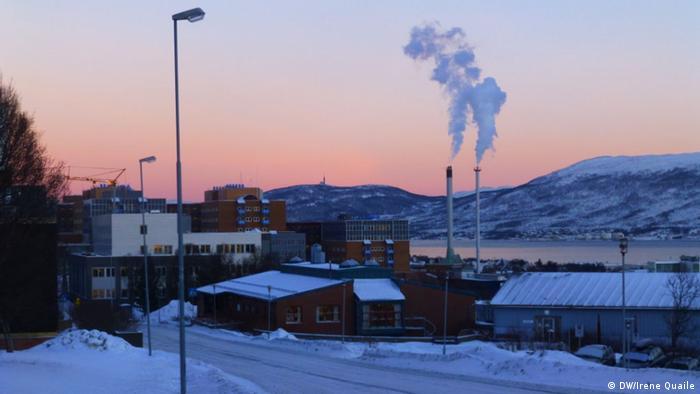 Norwegen Tromso Öl Industrie Schornsteine 20.01.2015