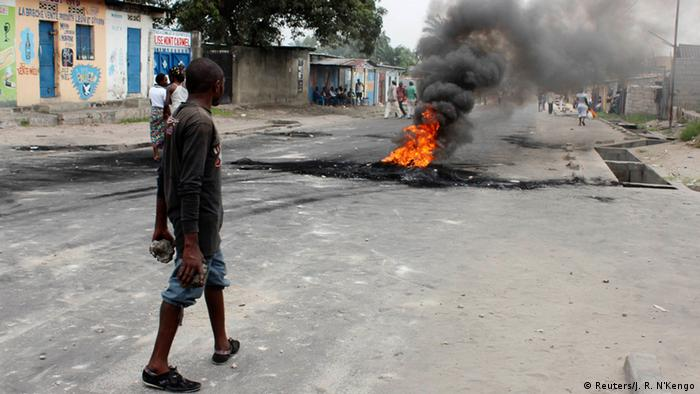 Ausschreitungen in Kinshasa 21.01.2015 (Foto: REUTERS/Jean Robert N'Kengo)