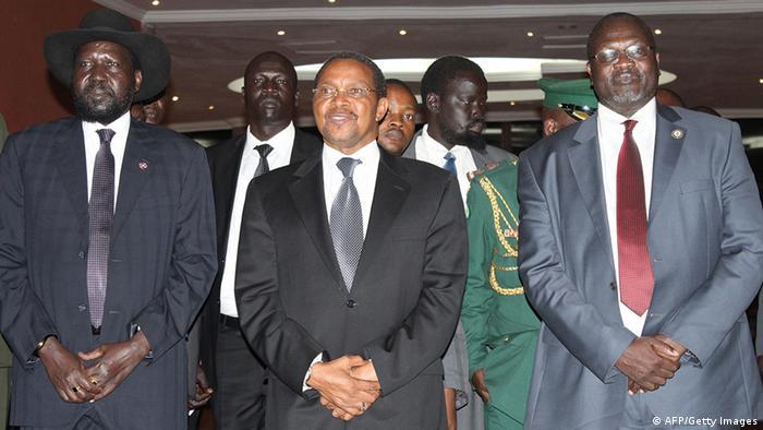 Salva Kiir mit Jakaya Kikwete und Riek Machar