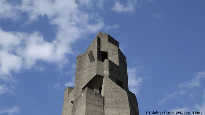 Turm des Rathauses in Bensberg