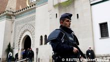 Frankreich Sicherheitsmaßnahmen Polizist Moschee