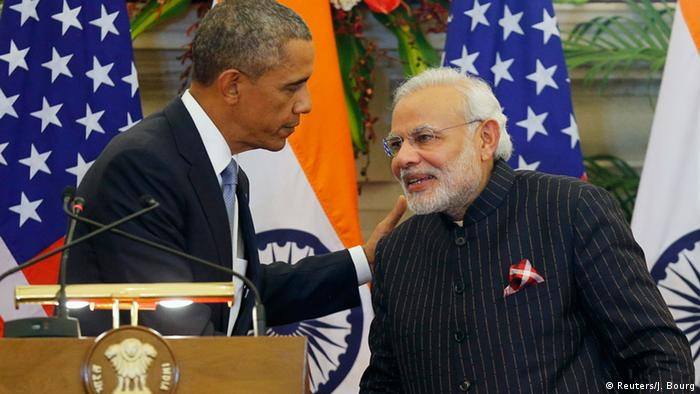 US President Barack Obama and India's Prime Minister Narendra Modi (R) shake hands after giving opening statements during a at Hyderabad House in New Delhi January 25, 2015 (Photo: REUTERS/Jim Bourg)