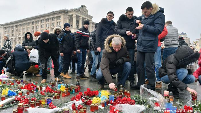 Ukraine Gedenken an Opfer in Mariupol in Kiew 25.01.2015