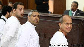 Inhaftierte Al-Dschasira-Reporter vor Gericht Peter Greste