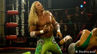 Mickey Rourke in a scene from 'The Wrestler' (2006), directed by Darren Aronofsky, Copyright: Studiocanal