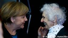 Merkel mit Eva Fahidi Auschwitz Überlebende 26.01.2015 Berlin