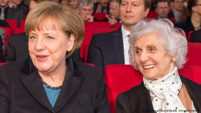 Angela Merkel i Eva Pusztai-Fahidi