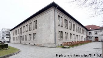 Jesuitengymnasium Canisius-Kolleg Missbrauchsskandal (picture-alliance/dpa/S. Pilick)