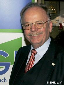Prof. Dr. Karlheinz Schmidt