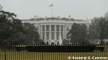 The South Lawn of the White House is pictured in Washington January 26, 2015. The U.S. Secret Service recovered a small drone known as a quad copter on the south east grounds of the White House early on Monday, but there was no immediate danger from the incident, the White House said. REUTERS/Gary Cameron (UNITED STATES - Tags: POLITICS)