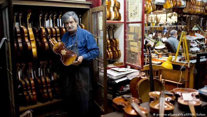 The Israeli violin maker Amnon Weinstein. Copyright: EPA/ABIR SULTAN