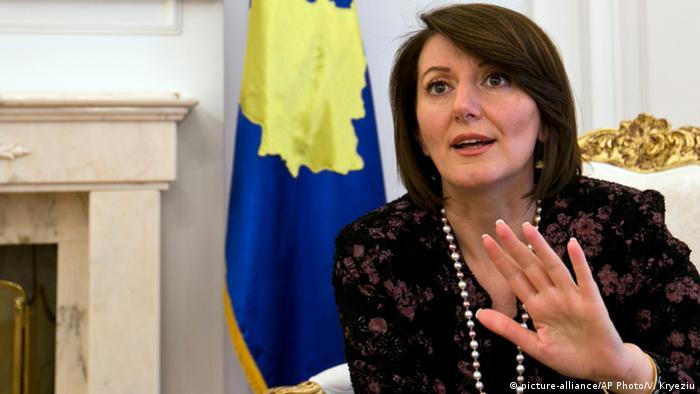 Präsidentin Kosovo Atifete Jahjaga ARCHIV 2014 (picture-alliance/AP Photo/V. Kryeziu)