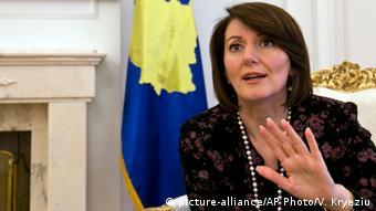 die Präsidentin des Kosovo, Atifete Jahjaga (Foto: picture-alliance/AP Photo/V. Kryeziu)