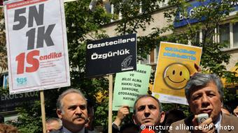 Protest against attacks on journalists and media freedom in Ankara