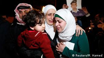 Familienmitglieder vom jordanischen Pilot Muath al-Kasaesbeh IS Geisel 28.01.2015