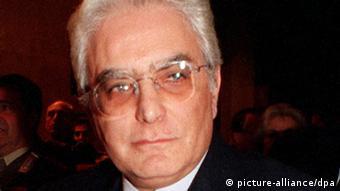 Sergio Mattarella, de 73 años, magistrado del Tribunal Constitucional de Italia y nuevo presidente del país.