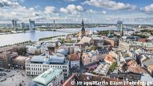 Überblick über die nördliche Altstadt von Riga Overview above the North Old Town from Riga