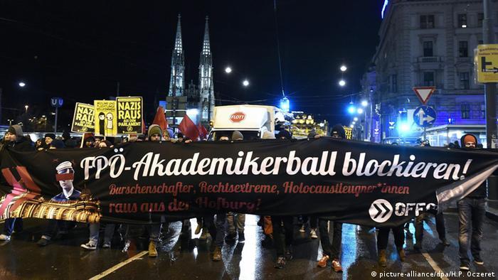 Akademikerball in Wien - Protest und Gewalt 30.01.2015