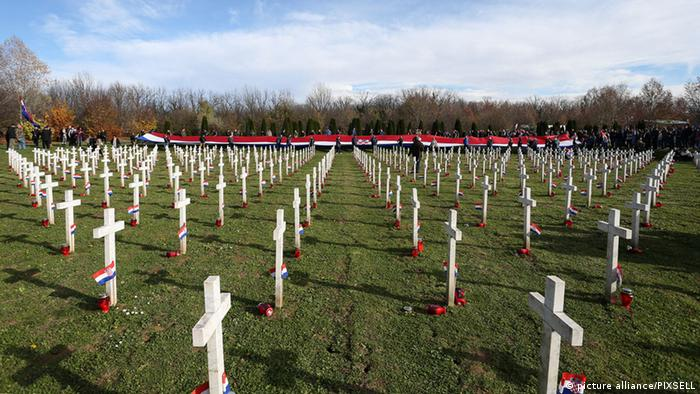 Kroatien Gedenkfriedhof Vukovar