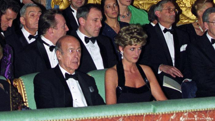 Giscard d'Estaing mit Prinzessin Diana (Foto: DPA)